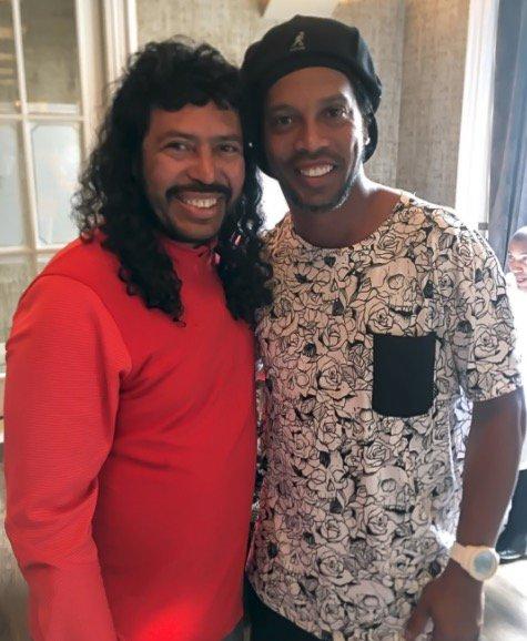 ¿Cuánto mide Ronaldinho? - Altura - Real height DA7Z89tXYAEmNEg