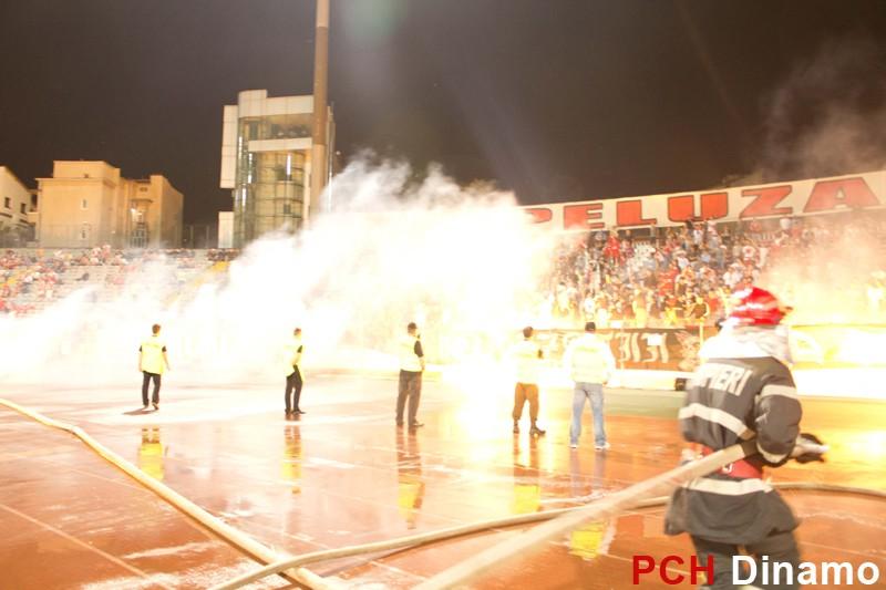 Pyro - Pagina 2 Dinamo-Rapid-19