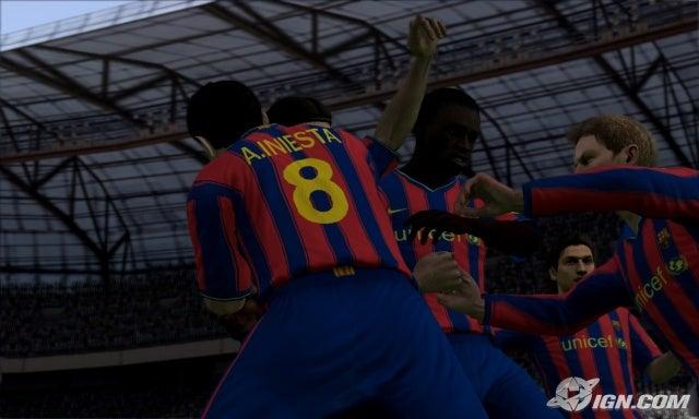 تم الأنتهاء من رفع fifa 2010 fullrip بحجم 2 جيجا فقط !!! Fifa-soccer-10-20091019052225038_640w