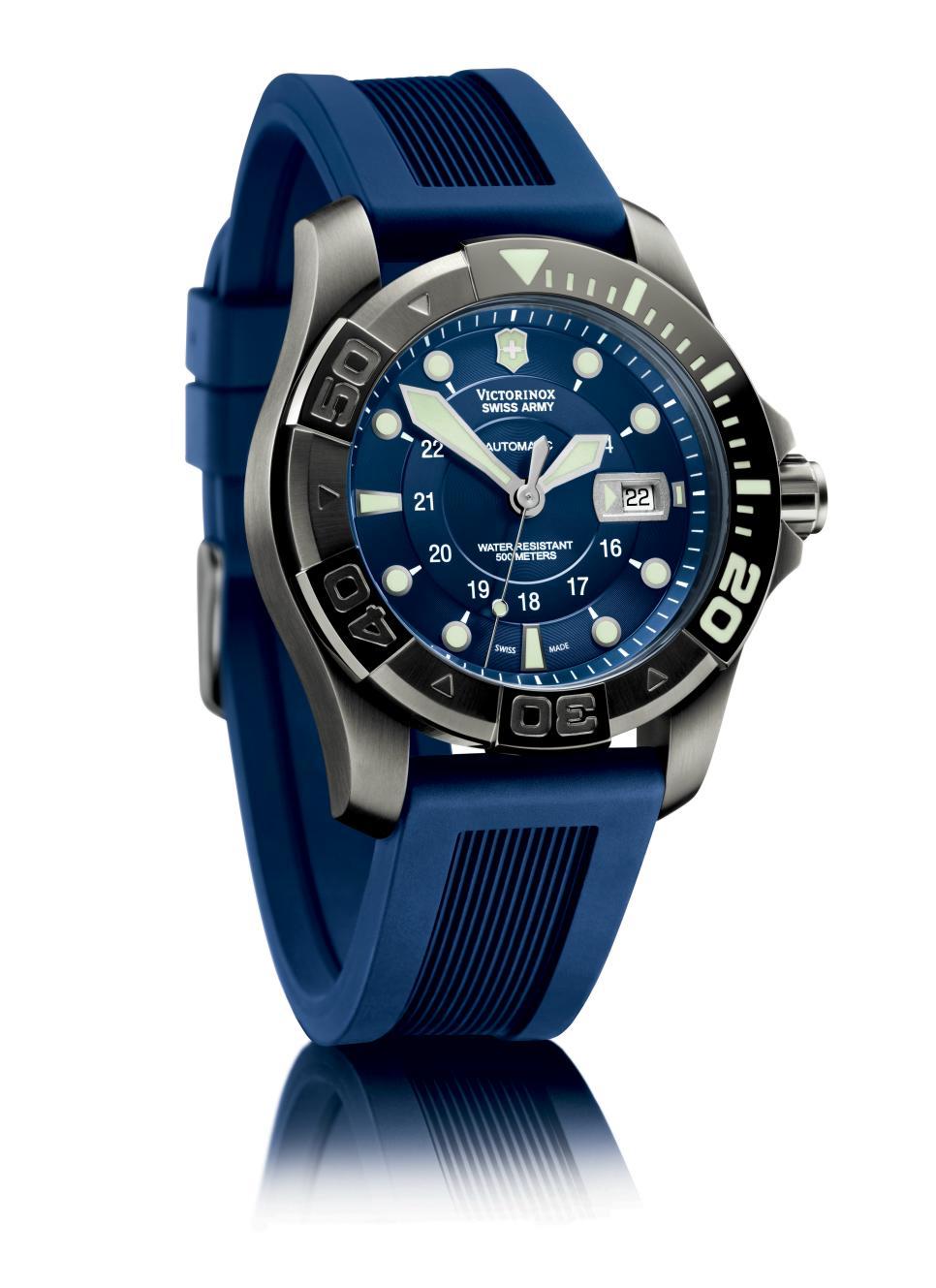 News : Victorinox Dive Master 500 PVD Blue Ice Bluevictor