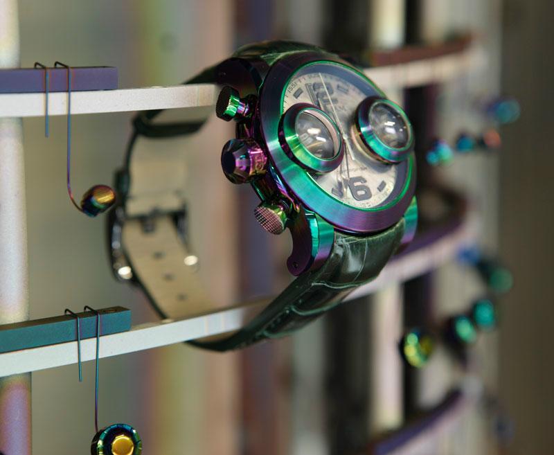News : Graham Swordfish Booster Iris Iridescent5
