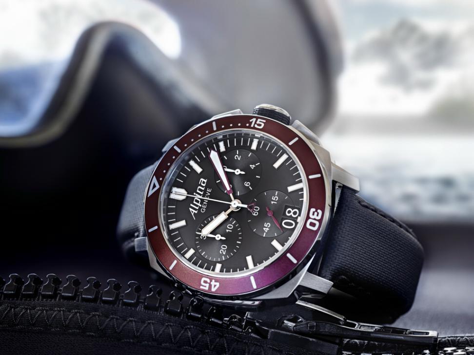 Alpina's new Seastrong Diver 300 Chronograph Seastrong4
