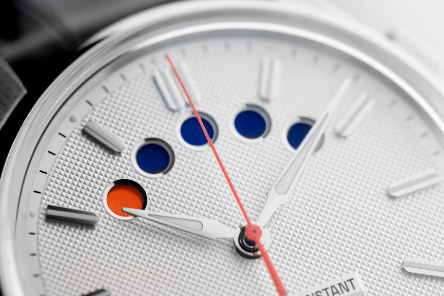 Frederique - News : Frederique Constant Yacht Timer Regatta Countdown Yatimer1