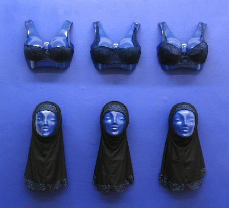 Paris zone bleue .zb-femmes-bleu_edited.1183499845_1__m