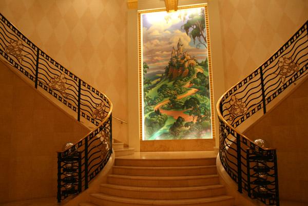 [Tokyo Disney Resort] Guide des Hôtels Escalier_Iks1-122