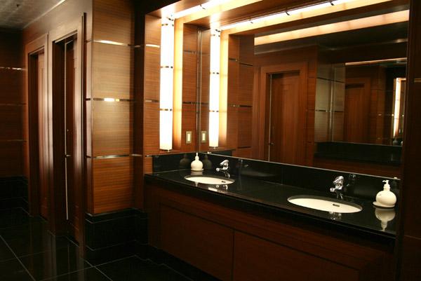 [Tokyo Disney Resort] Guide des Hôtels Toilets_Iks1-136