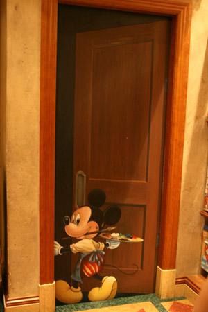 [Tokyo Disney Resort] Guide des Hôtels Mickey-trompe_TDSea2-038