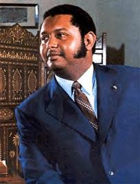 7 févriye 1986 ke makak la kase Janklod Duvalier ale an egzil 18aff9120070514092441132