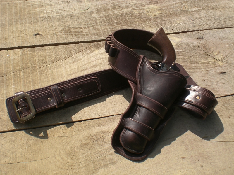 Holsters et cartouchières western... NGcuirs