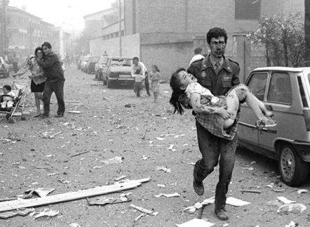 Los vínculos del marxismo con el islam 16b-atentadovic19911