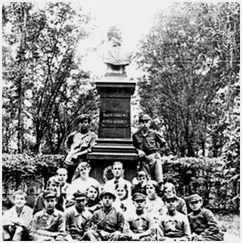 История старинного городского сада в Брест-Литовске Kostyshko_park