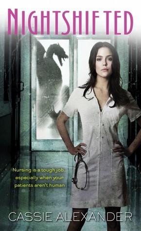 Nightshifted (série) - Cassie Alexander (VO) 12905583