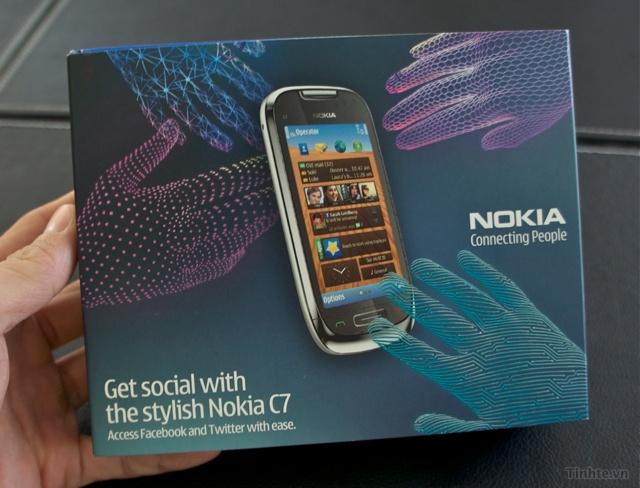 Trên tay Nokia C7-00 chính hãng 97594ccf831c892ad_DSC01363