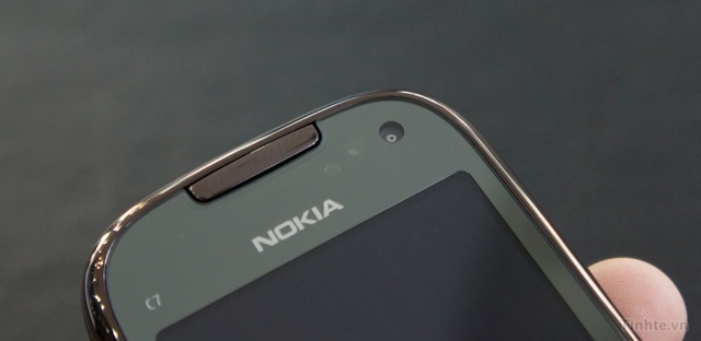 Trên tay Nokia C7-00 chính hãng 97594ccf8335a478d_DSC01375