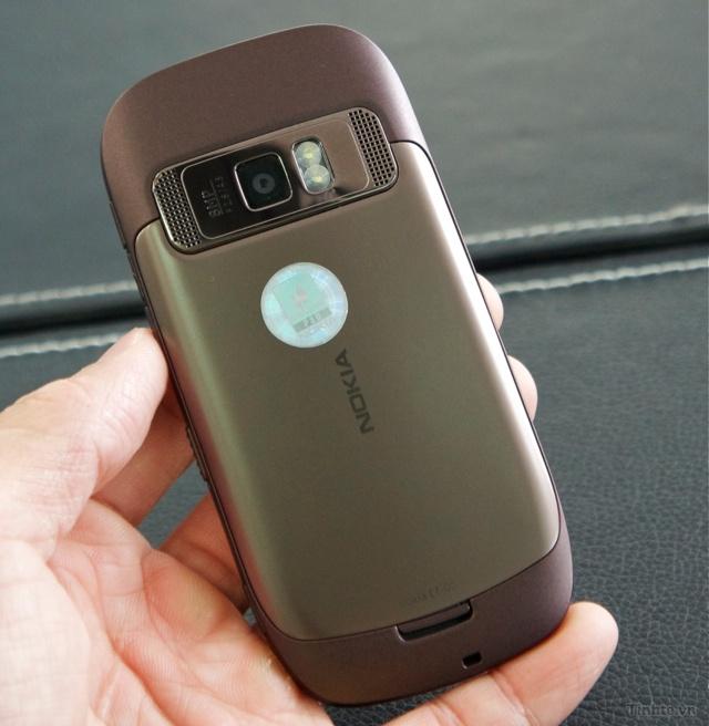 Trên tay Nokia C7-00 chính hãng 97594ccf834993a1f_DSC01389