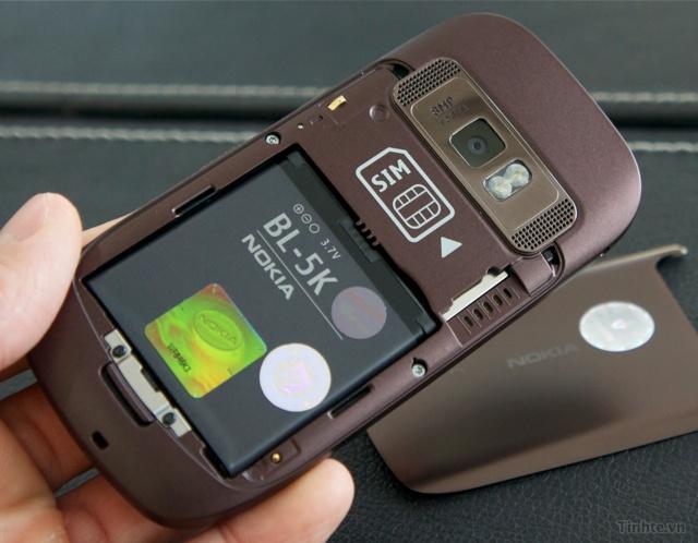 Trên tay Nokia C7-00 chính hãng 97594ccf8353b95b2_DSC01393