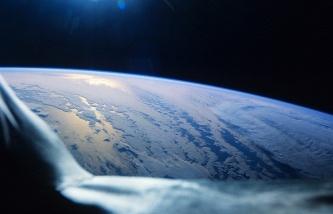 Глава SpaceX подтвердил, что создает сеть спутников для раздачи интернета по всему миру 3888778