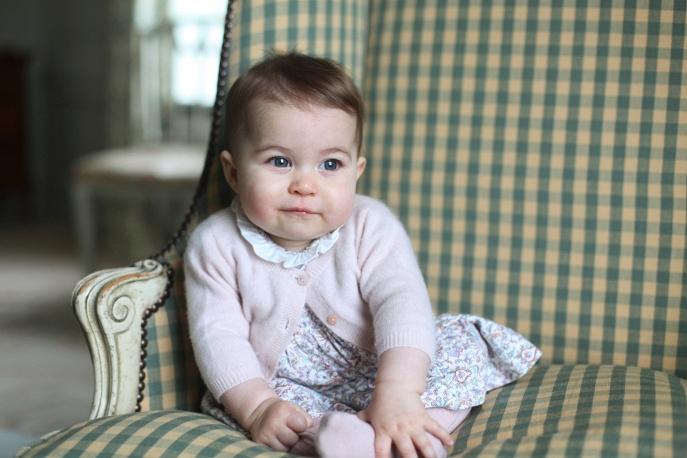 Маленький принц и его родители плюс сестричка - Страница 2 4139594