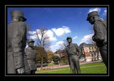 Statue des quatre Maréchaux (Beauvais, Oise) N22995_Marechaux_BeauvaisP