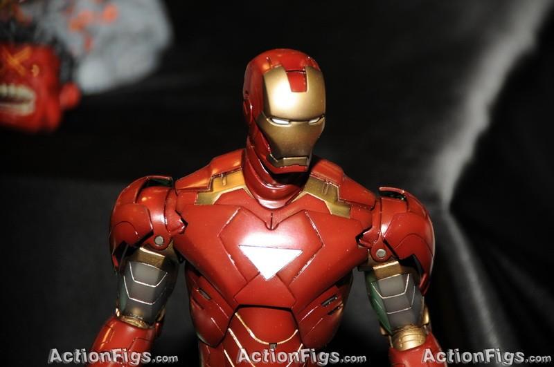 [Kotobukiya][Toy Fair 2010] Iron Man 2: Mark 6 TOY_4904_resize