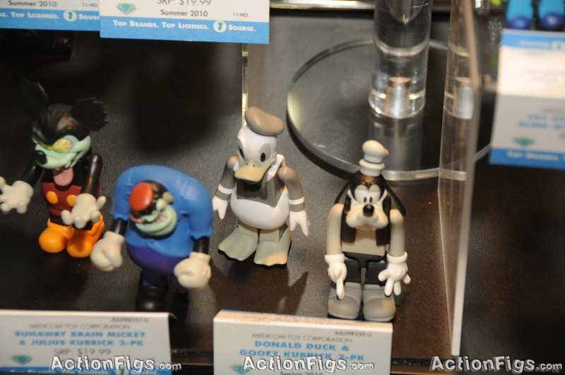 [Medicom][Toy Fair 2010] Alice, Peanuts, Metal Gear e mais! TOY_7355_resize