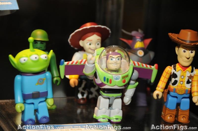 [Medicom][Toy Fair 2010] Alice, Peanuts, Metal Gear e mais! TOY_7364_resize