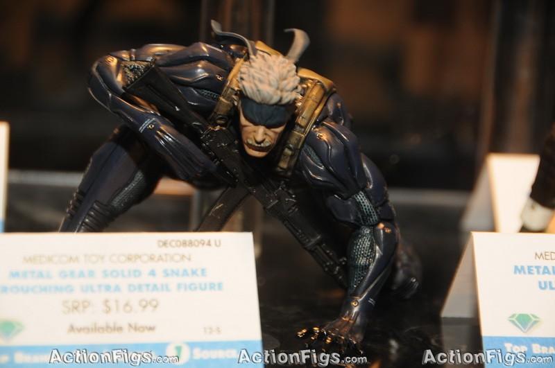 [Medicom][Toy Fair 2010] Alice, Peanuts, Metal Gear e mais! TOY_7312_resize