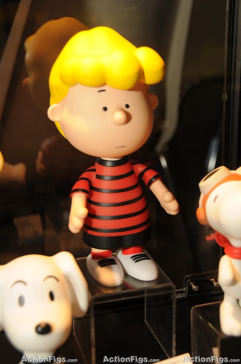 [Medicom][Toy Fair 2010] Alice, Peanuts, Metal Gear e mais! TOY_7319_resize