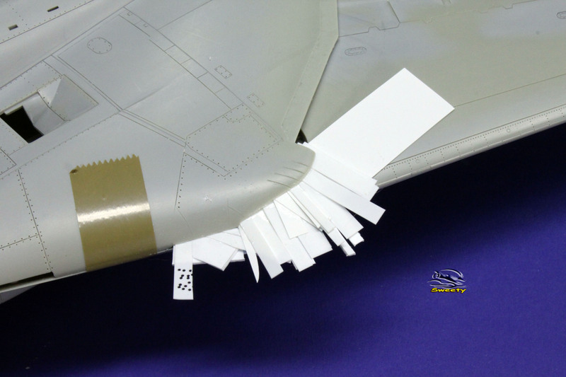 F-14A 1:32 Armement - Page 31 Aile%20058