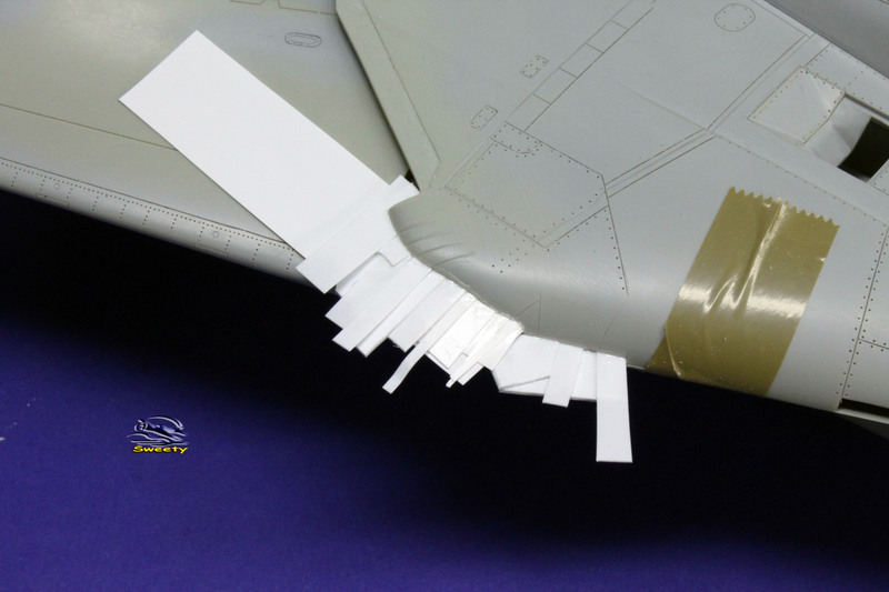 F-14A 1:32 Armement - Page 31 Aile%20059