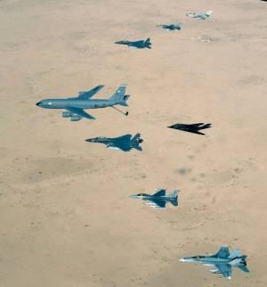 القوات الجوية من وإلى احتلال العراق  558pxAirForce_over_Iraq