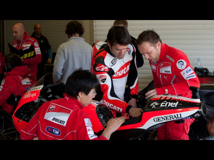 MotoGP: Checa chamado pela Ducati para testar em Jerez  Checa_0_slideshow