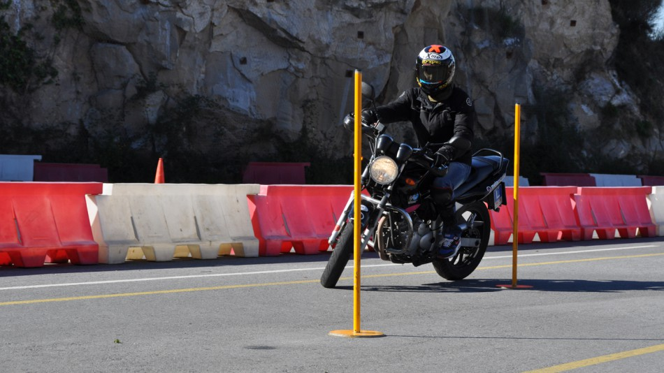 Jorge Lorenzo não tem habilitação de moto..  Jorge_lorenzo_03_slideshow_169