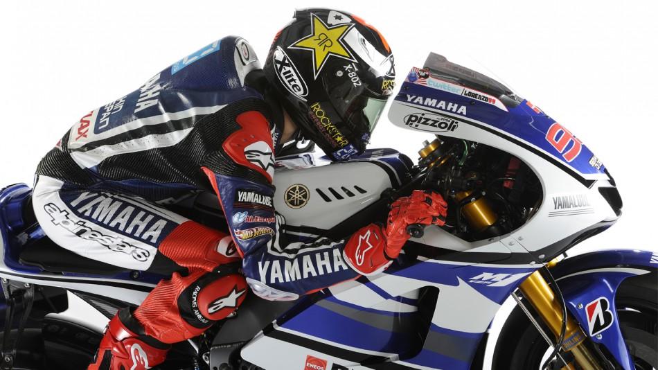 Yamaha M1 Lorenzo_04_slideshow_169