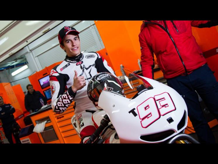 Mundial de Motociclismo - 2012 [MotoGP - Moto2 - Moto3] - Página 8 93marquez_testvalencia-18505_slideshow