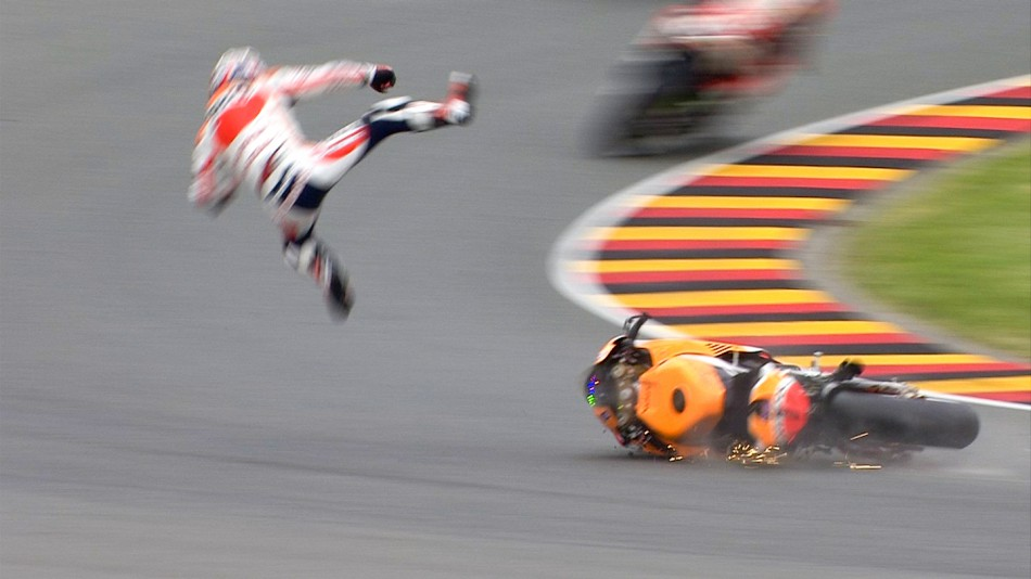 GP Sachsenring 02_26pedrosa_pedrosa_crash_fp3_02_slideshow_169