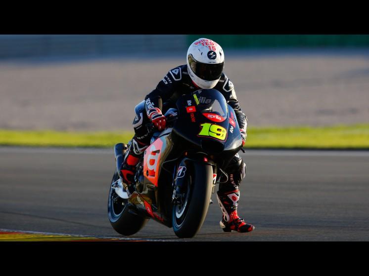 Moto GP Saison 2015... 19bautista__gp_2263_slideshow