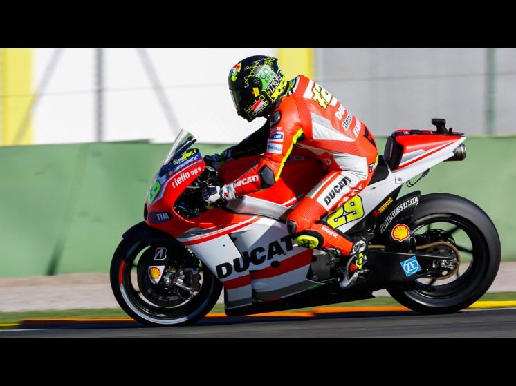 Moto GP Saison 2015... 29iannone__gp_0923_slideshow
