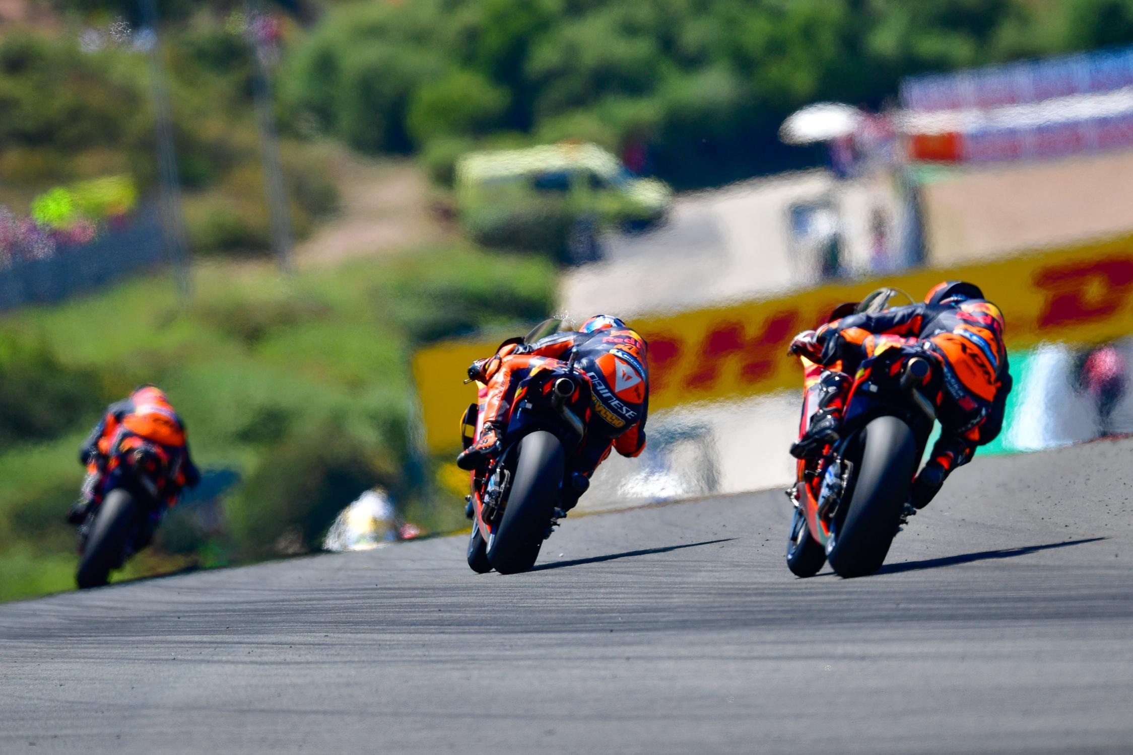 [GP] Jerez 36-mika-kallio-motogp-38-bradley-smith-eng-44-pol-espargaro-esp_ds56726.gallery_full_top_fullscreen