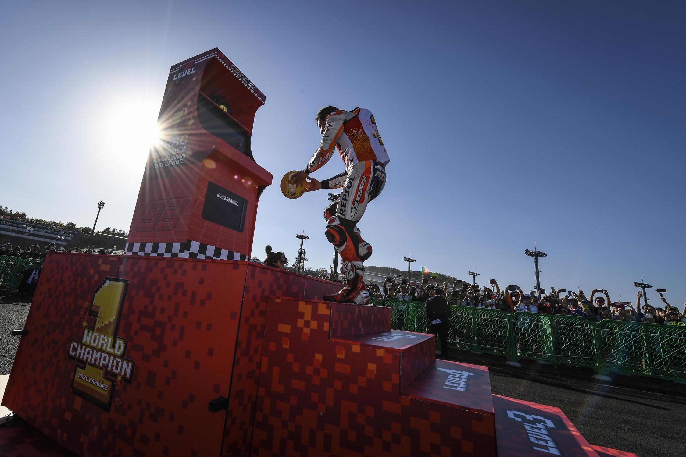 Le bar de la compétition moto ! - Page 38 _dsc6013.gallery_full_top_fullscreen