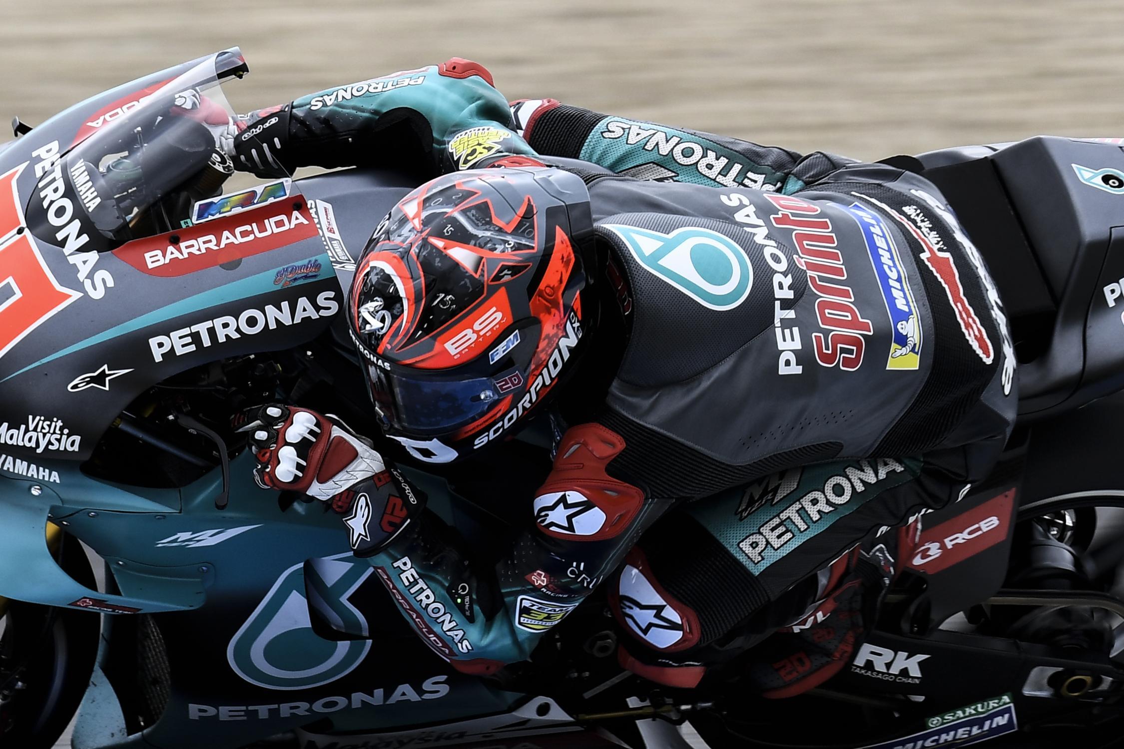 Le bar de la compétition moto ! - Page 39 _dsc6412.gallery_full_top_fullscreen