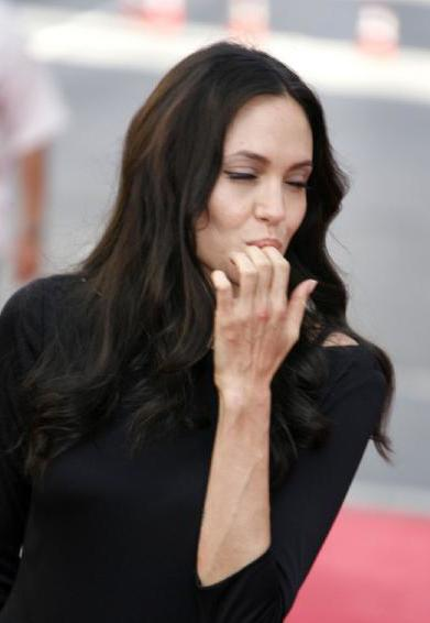 ¡Pillados! #Juego - Página 2 Angelina_jolie_is_pregnant