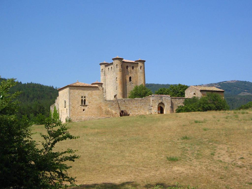 un château - ajonc- 2 août bravo snoopie 14862_181_chateau_chateau