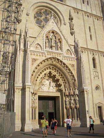 Zagrebačka katedrala 18_big