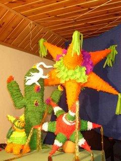 SEMANA CULTURAL DEL 13 AL 19 DE SET.:MEXICO Y CHILE Pinata2