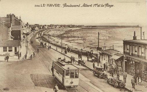 Photos historiques du réseau havrais (bus, tram, funi...) Le%20boulevard%20albert%201%3F%3Fet%20la%20plage