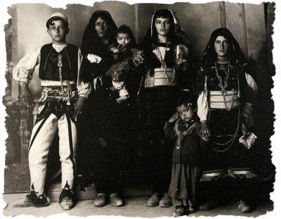 Fotografi Te Vjetra Historike Shqiptare! Family%201