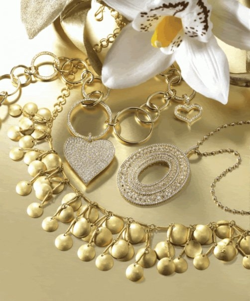 مجوهراتك حسب لون فستانك Images-d3c42d491950