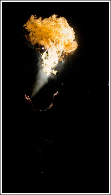 Photos cracheurs de feu - anniversaire 8 ans palais tokyo 21 janvier 2012 - Page 5 K5A13903