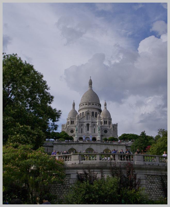 Montmartre à la mi-août - Page 3 K7011094